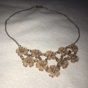 Jewelry - FLORAL NECKLACE